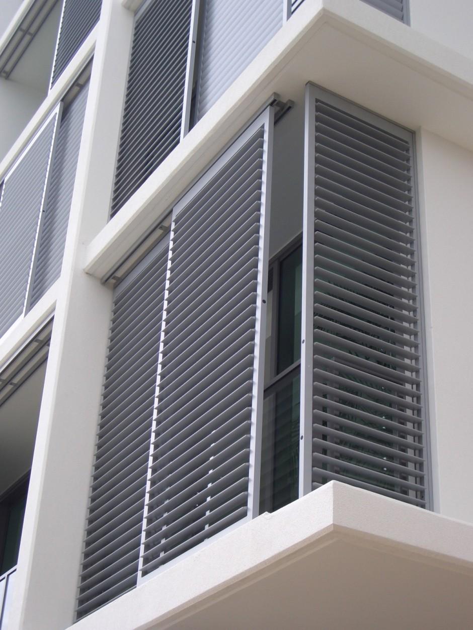 Aluminum exterior plantation shutters cleveland shutters for Exterior shutter plans