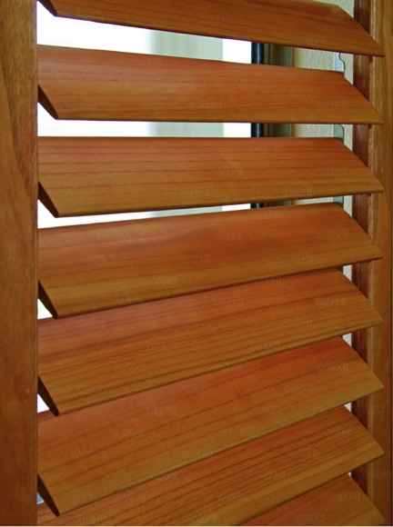 Norman_Normandy_shutters_louvers